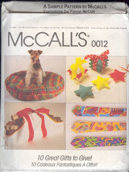 McCalls Sewing Pattern, 0012 Accessories, Apron, gifts, and dog gear, One Size