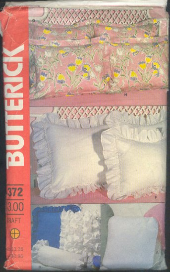 Sewing Pattern, Butterick 1372, Pillow shams, covers and neck roll