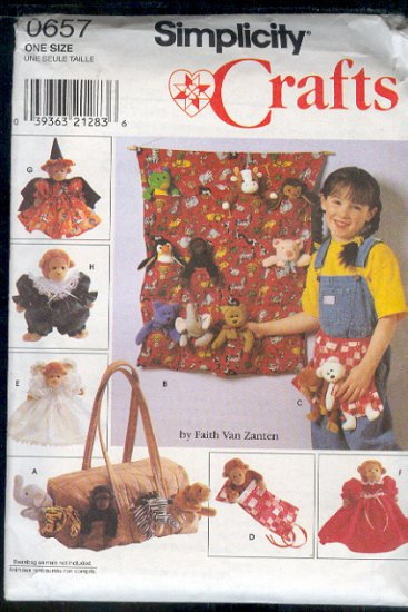 "Simplicity Sewing Pattern, 0657 Tote, organizer, apron, sleeping bag, clothes for  9"" animals"