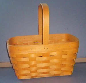 "Basket - Small Warm weave - 9X7X6"" ridged handle -  Longaberger - Very nice"