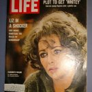 Magazine - Life - Elizabeth Taylor - Who's Afraid of Virginia Woolf? - June 10, 1966  - Excellent