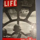 Magazine - Life - B 29's over Formosa - December 4, 1944 Excellent