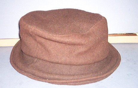 Hat - Brown - 70% wool, 30% Nylon, London Fog, lined - One size fits all -