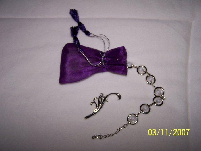Bracelet / broach set