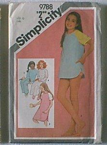 Girls Pullover Nightshirt Pajamas Baby Dolls Simplicity Sewing Pattern 9788 Sz 12 Girl Uncut
