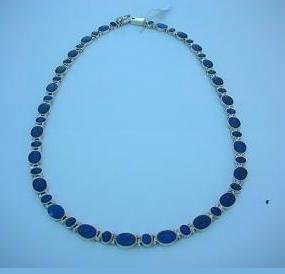 Necklace Musca