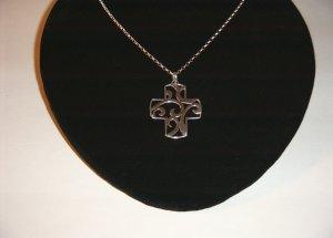 Sterling Filigree Cross on 18in SS Chain 30-0026
