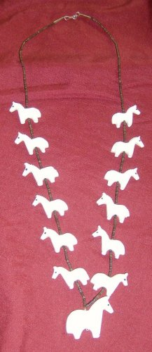 Al White Horse Necklace-2 Dimensional