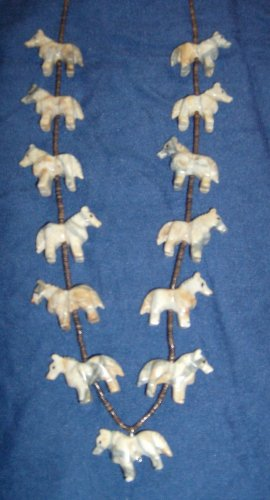 Al Horse Picasso Marble Necklace-2 Dimensional