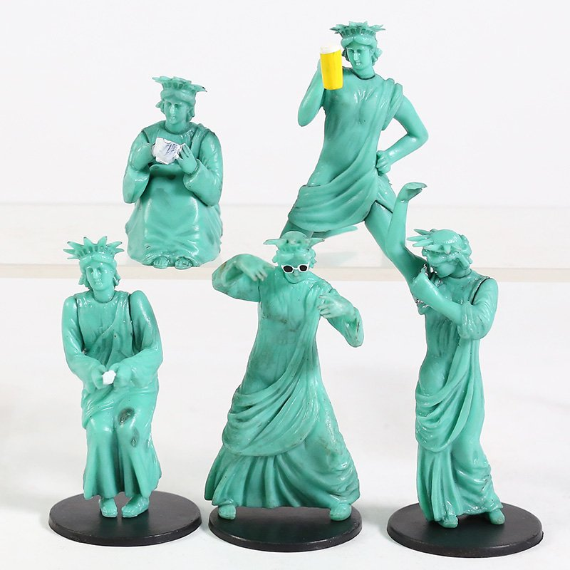 New York Statue of Liberty Funny Mini PVC Figures Collectible Model Toys 5pcs/set