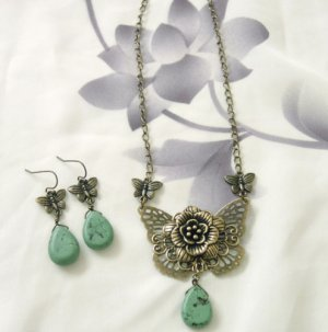 Hand Made Butterfly Floral Necklace And Earrings Free Shipping