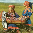 LAPP CHILDREN WITH A LAPP CRADLE - NORWAY COLOR PICTURE POSTCARD #250 UNUSED BUT POSTALLY CLEARED