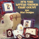 IT'S THE LITTLE THINGS THAT COUNT BY GLORIA & PAT BOOKLET CRAFT BOOK GOOD TO VERY GOOD COND