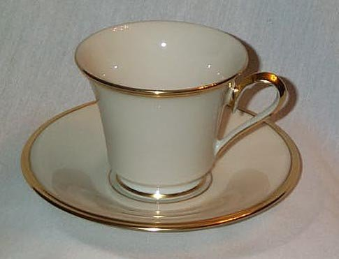 """LENOX """"ETERNAL"""" BONE CHINA CUP AND SAUCER WITH 24k GOLD TRIM EXCELLENT CONDITION FREE SHIPPING"""