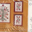 VINTAGE CRAFT KIT ~ THE CREATIVE CIRCLE - 0837 PENNSYLVANIA DUTCH TREE ~ 1985 EMBROIDERY NOS MINT