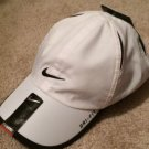 NWT White NIKE YOUTH Unisex Cap DRI-FIT Tennis Hat Featherlight 209449 101