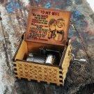 2020 New Wooden Hand Crank Queen Music Box