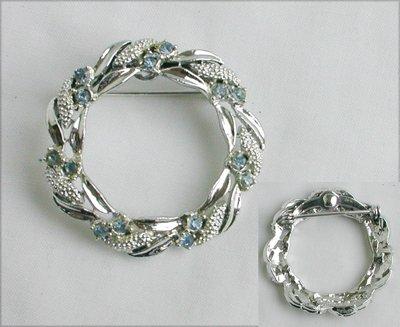 Gerry pin silver tone blue rhinestone circle brooch jewelry