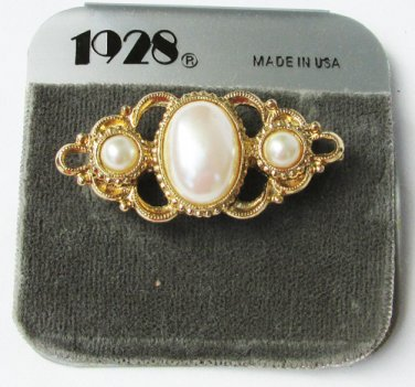 1928 pin pearls in gold tone setting bar type pin new