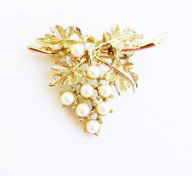 Emmons grape cluster pearl pin gold tone setting marked jewelry
