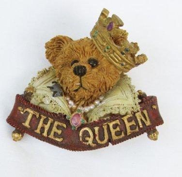 Boyd Bearswear pin Queen bear