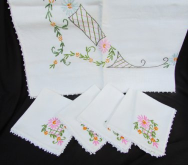 "Vintage hand embroidered tablecloth 32"" square crocheted edge & 4 napkins"