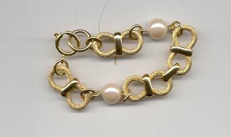 Avon Classic Style Bracelet- small