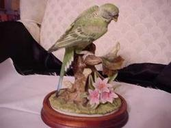 Parakeet w/ base - Andrea by Sadek