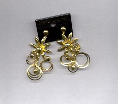 Goldtone Star dangle pierced earrings (#28)