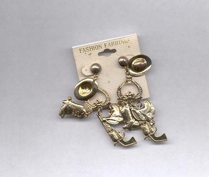 Goldtone hat, gun, dangle pierced earrings (#34)