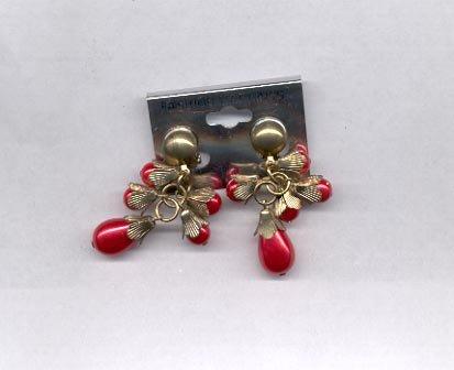 Red  dangle  clip on earrings (# 153)