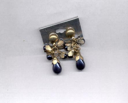 Black with goldtone clip on earrings (# 151)