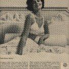 1962    Maidenform  ad  ( # 679)