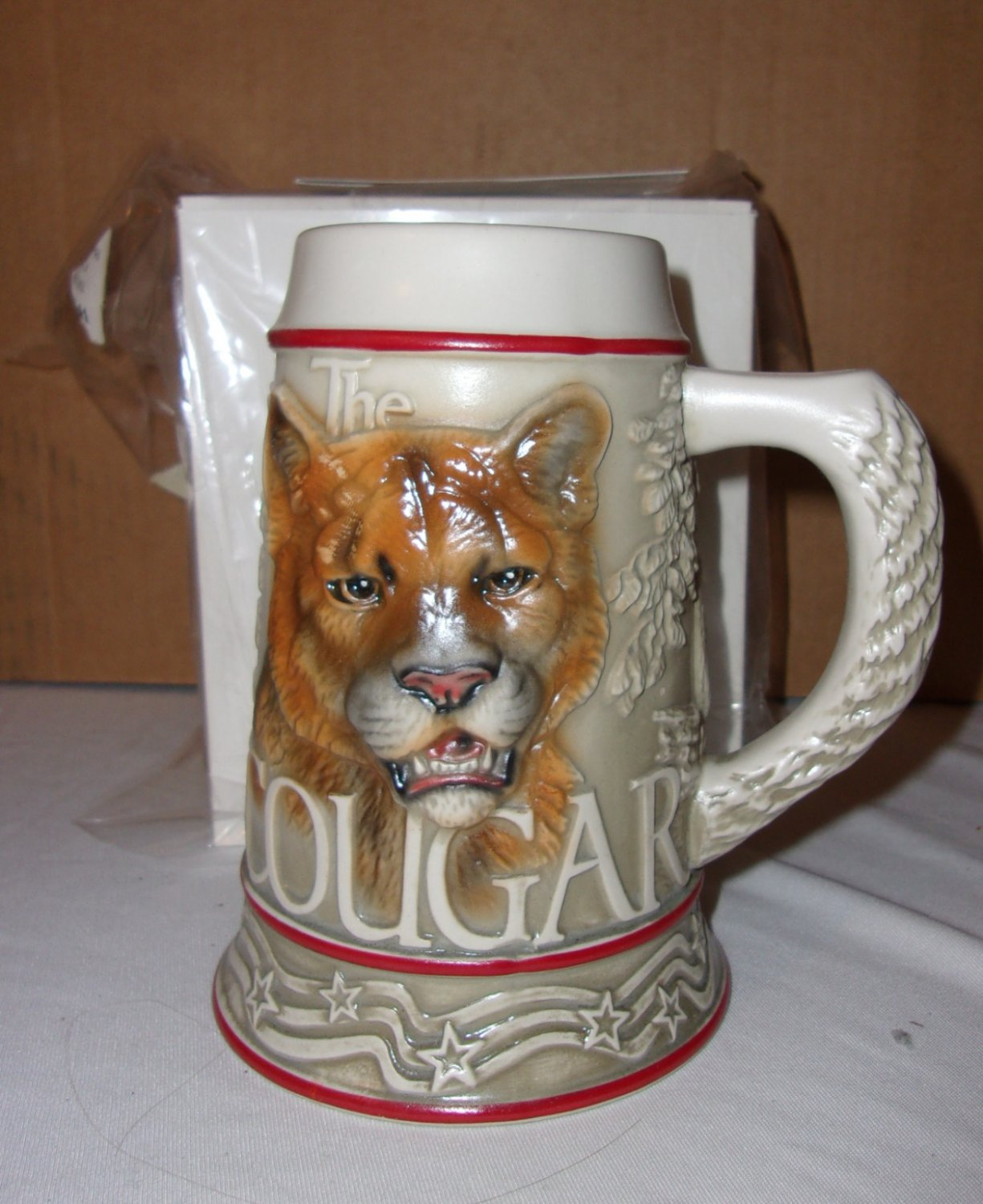 stein cougars personals Typically when we hear about cougar dating, we hear about the sexual triumphs 'i date younger guys because i like to have a good time and because i have a really high sex drive and guys my age .