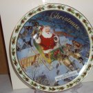 """""""Coming to Town"""" 2003 Annual Collectible Plate - NIB"""