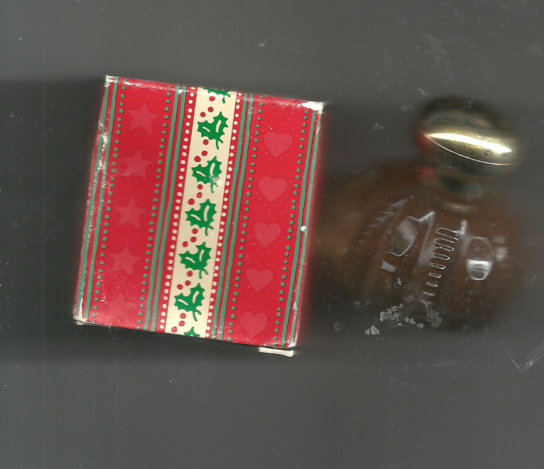 4 Avon  Soft Musk Very Merry   cologne splash  0.5 fl. oz.   -- Vintage