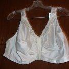 White Exquisite Form front closure bra- size 50 D