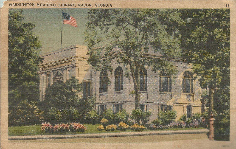 Washington Memorial Library -Macon, Georgia   Postcard (#1139)