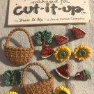 Cut It Up Jesse James Sun Ripened Shank Novelty Buttons # 1336 Basket Butterfly