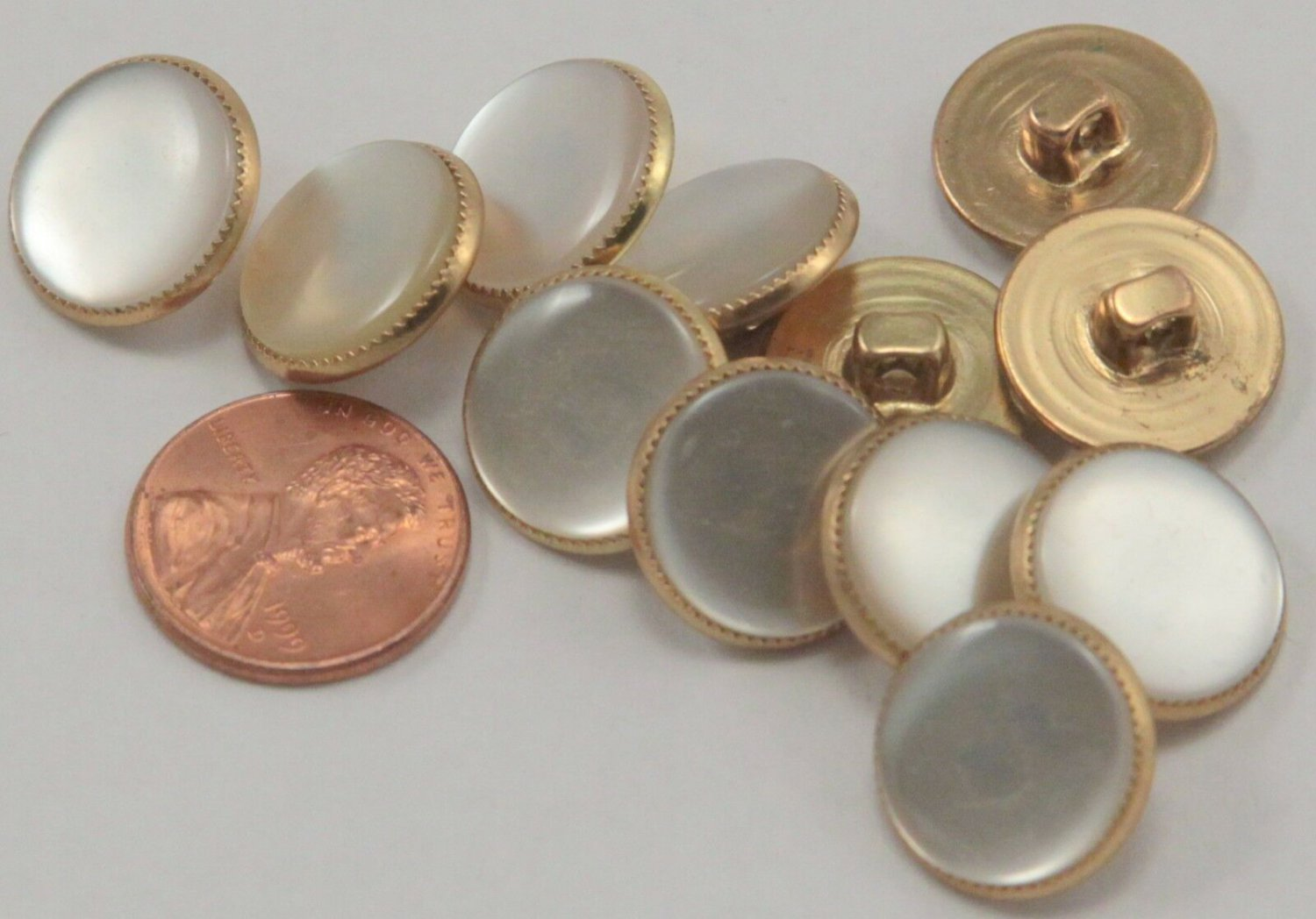 """Lot of 12 Plastic Faux MOP Gold Tone Metal Backing Buttons 5/8"""" 16mm # 6983"""