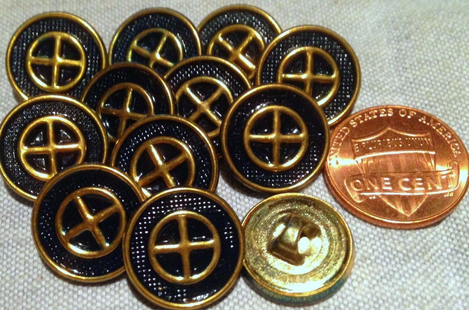 """12 Polished Brass Tone Metal Dark Navy Blue Paint Buttons Almst 5/8"""" 15.3mm 7653"""