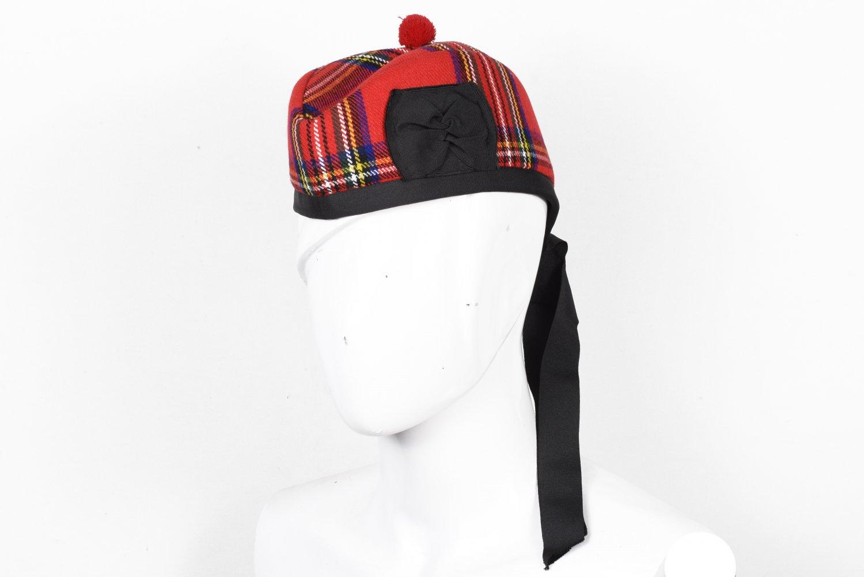 Scottish GLENGARRY Cap Traditional Military Piper Hat KILT Cap Clan Royal Stewart Size 56 cm
