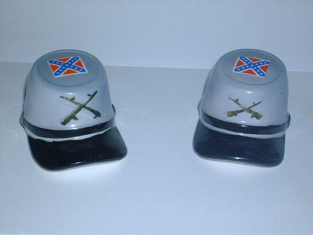 Vintage Confederate Army Hat Salt & Pepper Shaker Set