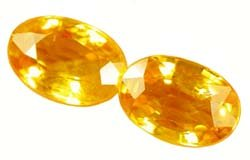 SOLD 1.19 ct. Sapphire, Golden Yellow, VVS2 Oval Faceted Gemstones, Ceylon - 1 PAIR