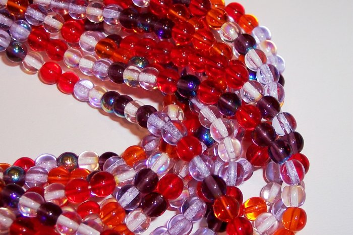 STRAWBERRY FIELDS MIX Czech DRUK  8mm Beads 50