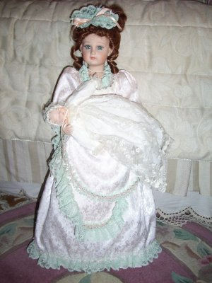 """VICTORIAN 26"""" ELIZABETH AND BABY BETSY~COURT OF DOLLS"""