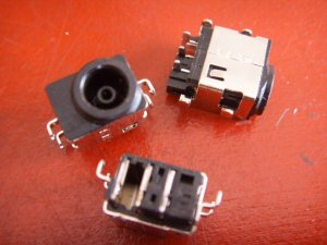 NP-RF710 RF710 samsung DC power jack socket input connector