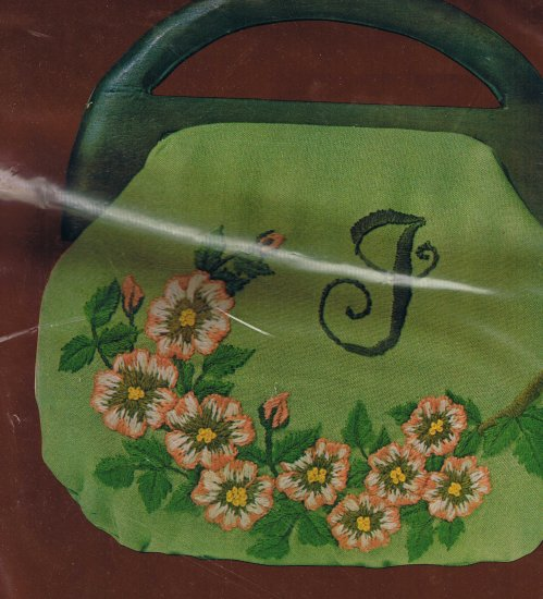 RARE LeeWards Dogwood Blossoms Handbag - Crewel Vintage Item