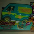 Mystery Machine With Fred MISB Scooby-Doo 50 years Wal-Mart Exclussive