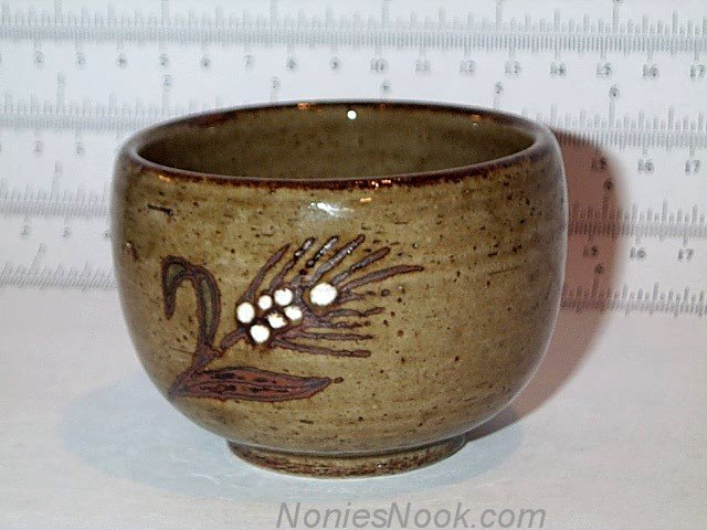 Hand crafted ASIAN TEA CUP Otagiri Original Japan green-brown speckled stoneware